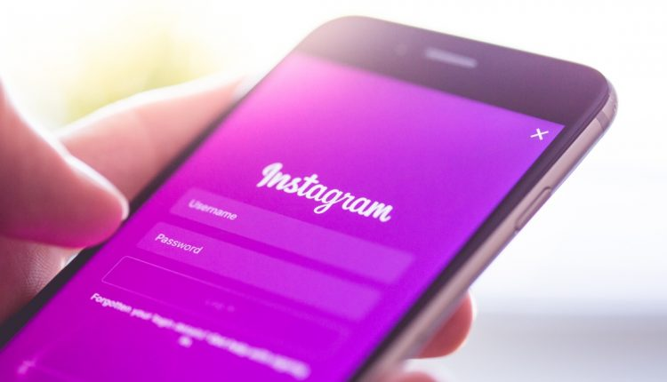 Instagram and the method